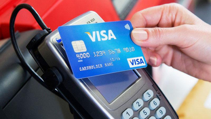 Оплата бесконтактной картой Visa